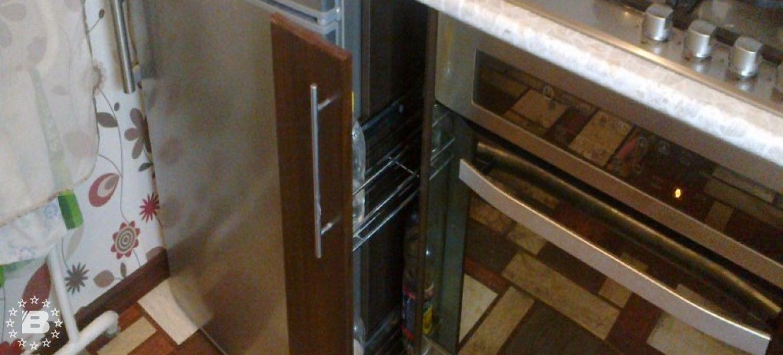 В тесноте, да не в обиде? Расположение холодильника и плиты на маленькой кухне